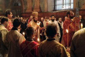 Weiterlesen: Weihnachtsfeierlichkeiten, Priester- und Diakonenweihen in der Metropolis von Austria