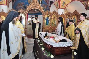 Weiterlesen: Göttliche Liturgie und Begräbnis für verstorbenen Priester P. Josef