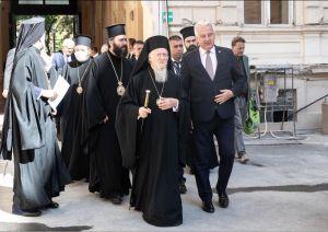 Weiterlesen: Besuch Seiner Allheiligkeit des Ökumenischen Patriarchen Bartholomaios im Exarchat von Ungarn