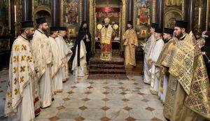 Weiterlesen: Fest des hl. Arsenios und Namenstag des Metropoliten